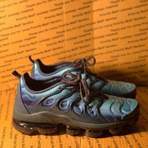 Nike Air Vapormax Plus Size 9.5 Obsidian Blue